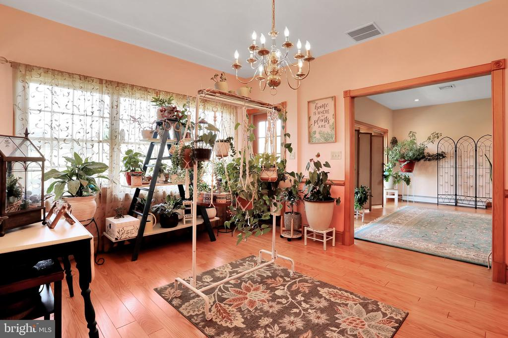 Additional Dining room or Florida Room - 5201 RELIANCE, MIDDLETOWN