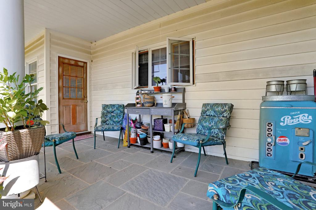 Rear Covered Porch - 5201 RELIANCE, MIDDLETOWN