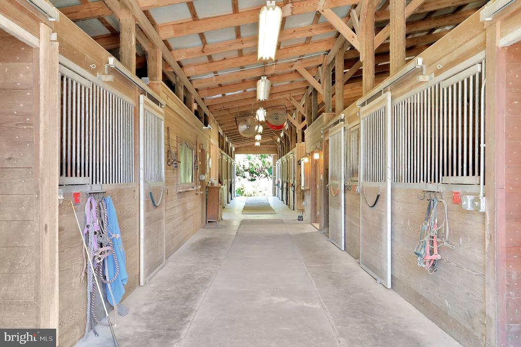 1 of 2 horse barns - 5201 RELIANCE, MIDDLETOWN