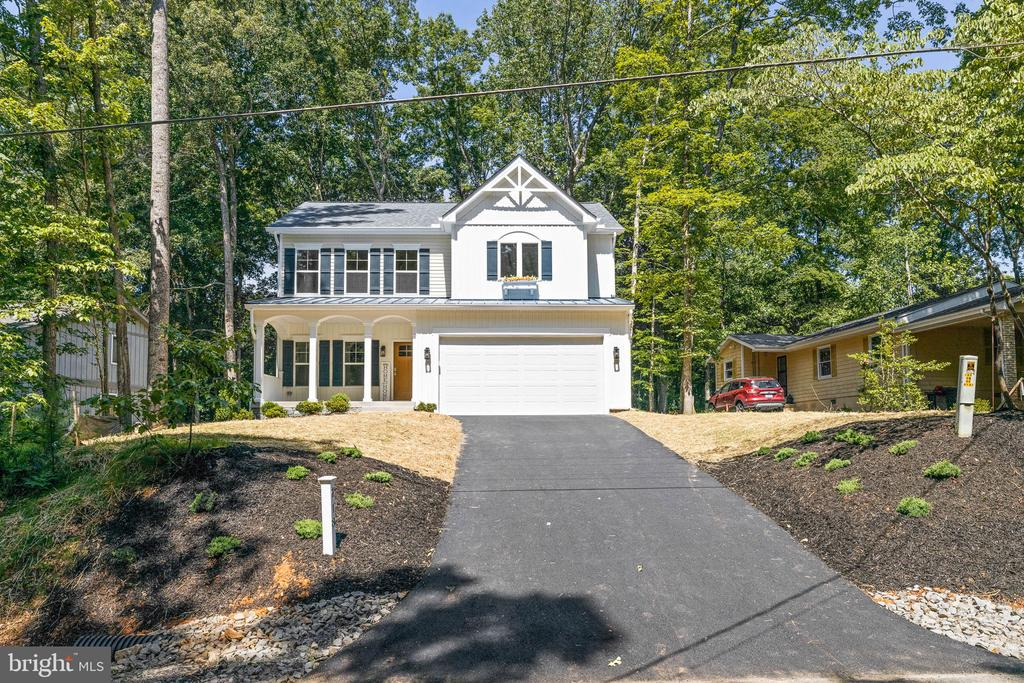 Ready to be called home! - 418 BIRDIE RD, LOCUST GROVE
