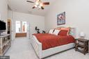When the day is done sneak away to lrg master bed - 612 BURBERRY TER SE, LEESBURG