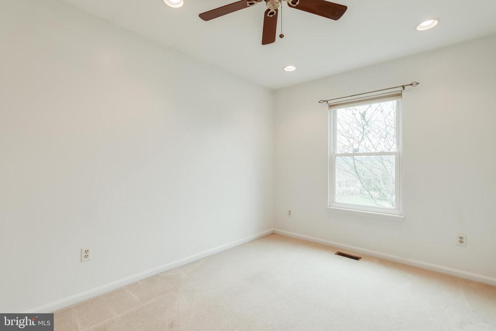 Bedroom 1 - 3332 YORKSHIRE CT, ADAMSTOWN