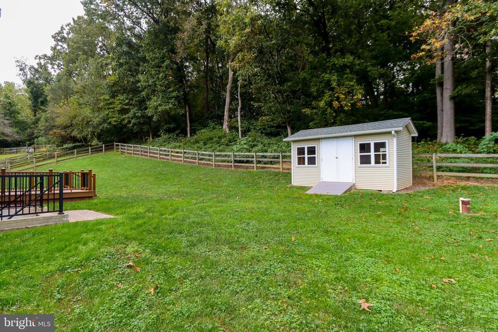 Backyard - 3332 YORKSHIRE CT, ADAMSTOWN