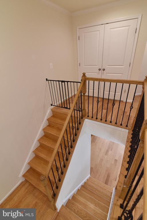 Upper level stairs - 42349 ALDER FOREST TER, STERLING