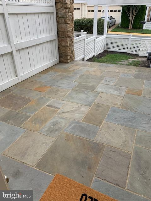 Gorgeous natural stone patio - 43512 STARGELL TER, LEESBURG