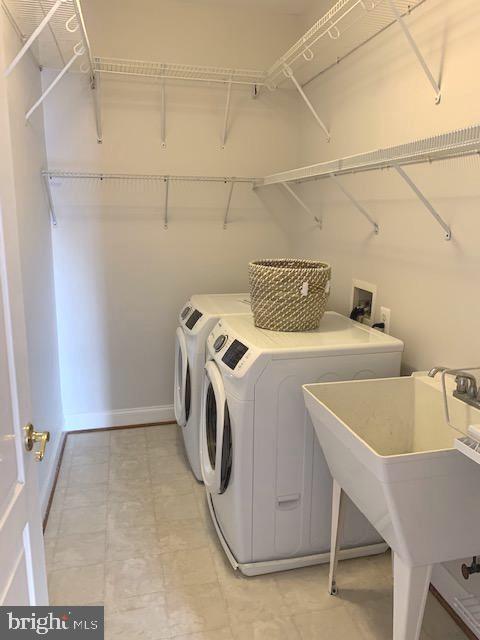 Laundry Room bedroom level - 43512 STARGELL TER, LEESBURG