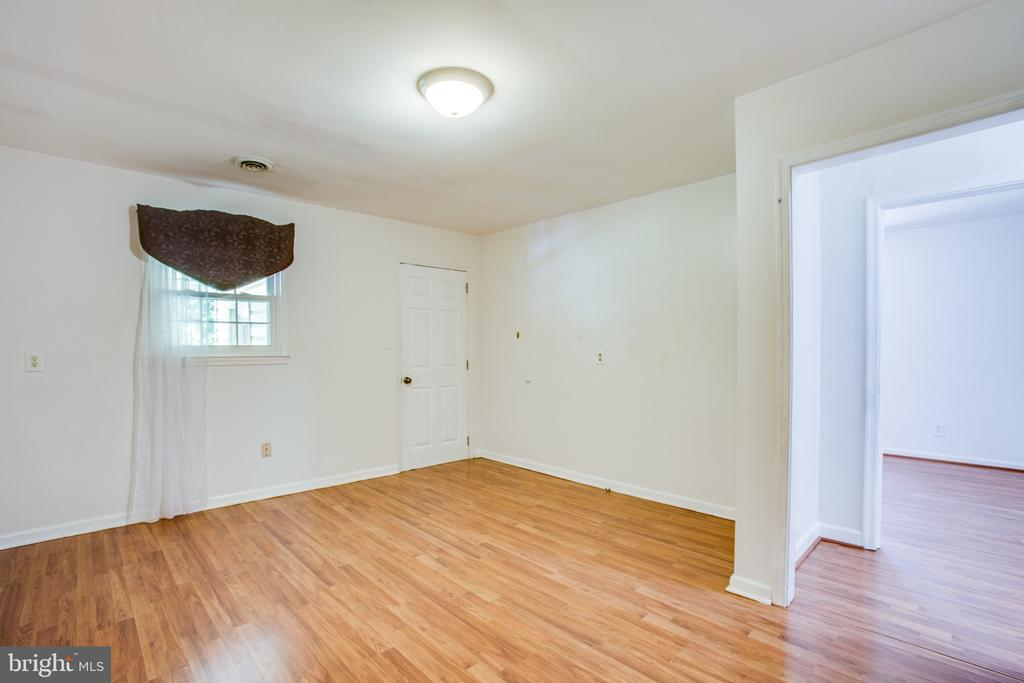 Office / play room / movie room / game room - 655 COURTHOUSE RD, STAFFORD