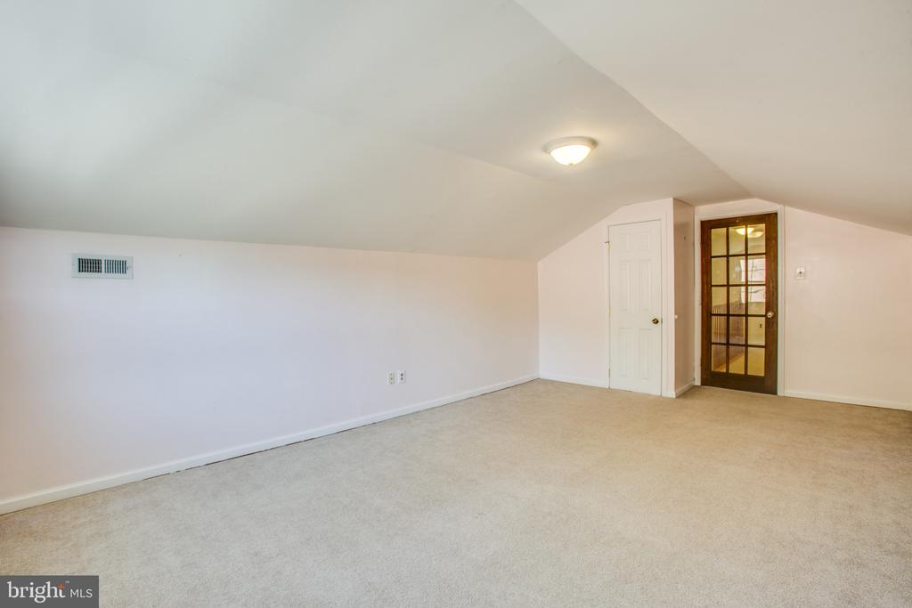 Upstairs bedroom - 655 COURTHOUSE RD, STAFFORD