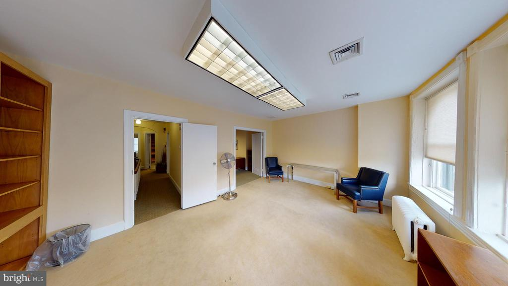 3rd Floor Front - 1735 20TH ST NW, WASHINGTON