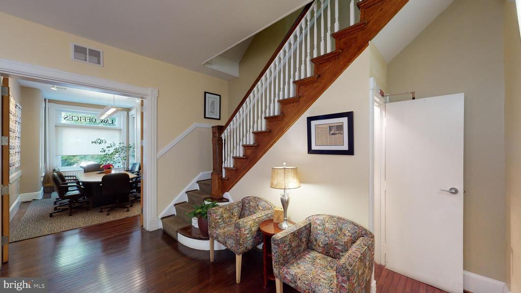 Stairs and entry to Conference Room - 1735 20TH ST NW, WASHINGTON