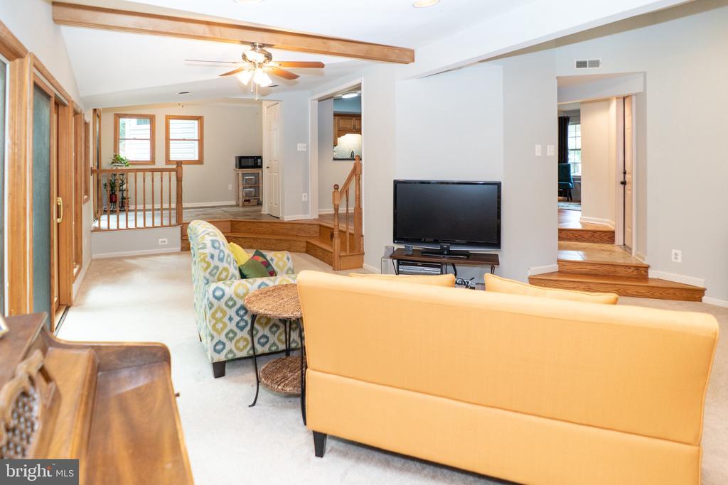 Living Room - 5919 VERNONS OAK CT, BURKE