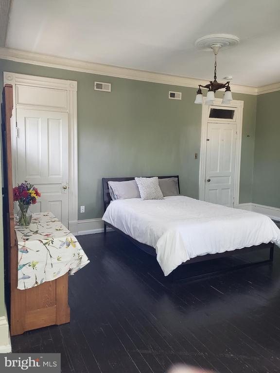 2cd Floor Front Bedroom. - 1115 RHODE ISLAND AVE NW, WASHINGTON