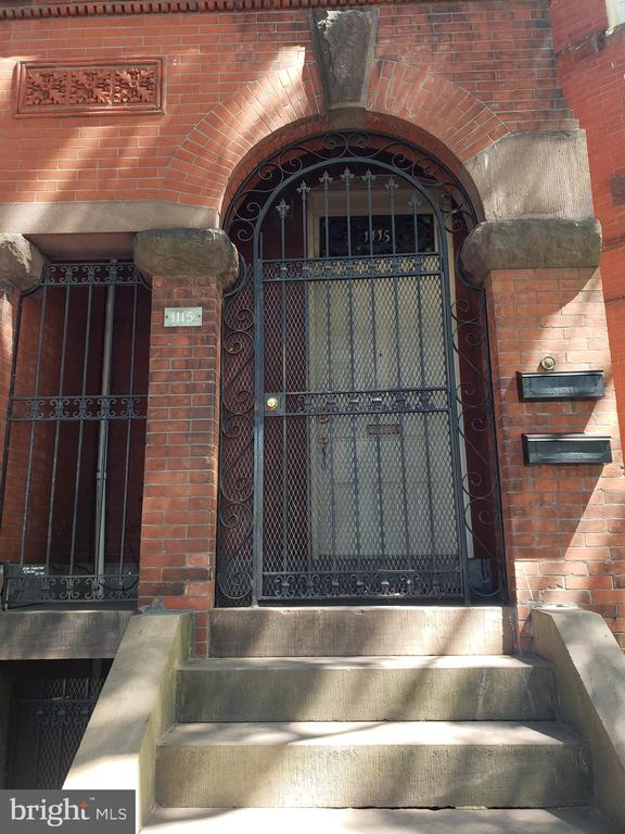 Front Entrance of 1115 Rhode Island Avenue NW. - 1115 RHODE ISLAND AVE NW, WASHINGTON