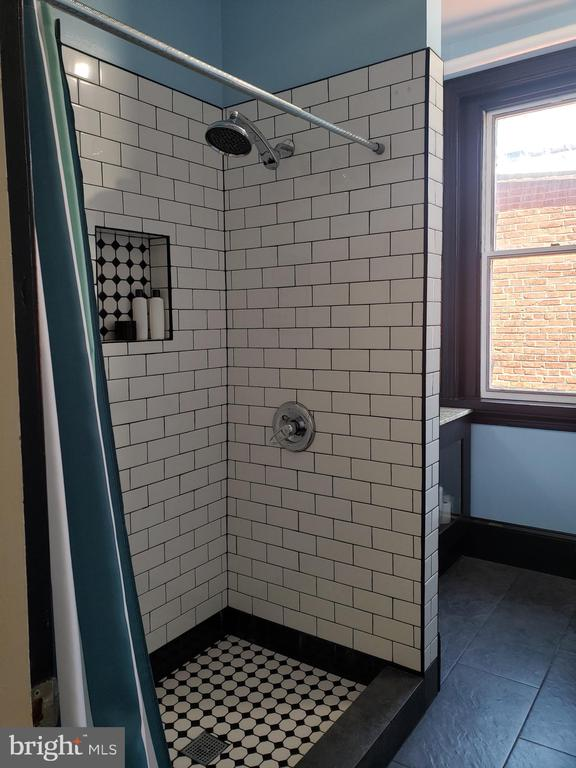 3rd Floor Bathroom Shower Stall. - 1115 RHODE ISLAND AVE NW, WASHINGTON