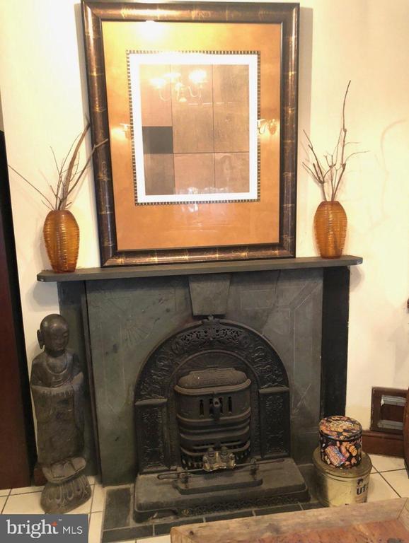 Basement Apartment Fireplace. - 1115 RHODE ISLAND AVE NW, WASHINGTON