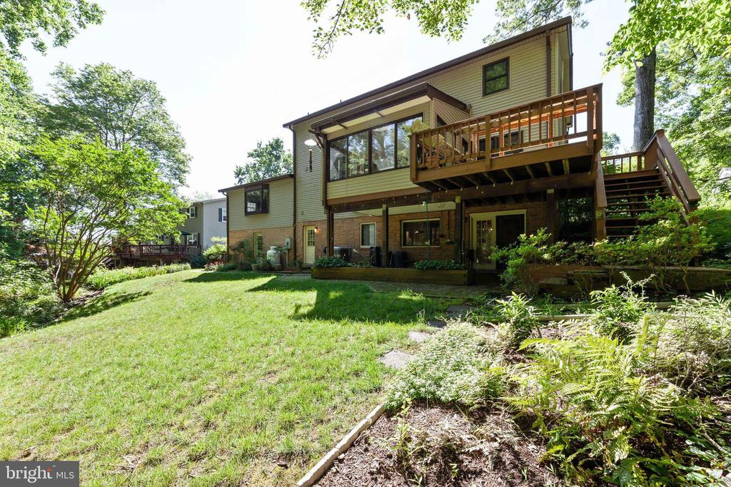 This could be your dream home! - 3208 SHOREVIEW RD, TRIANGLE