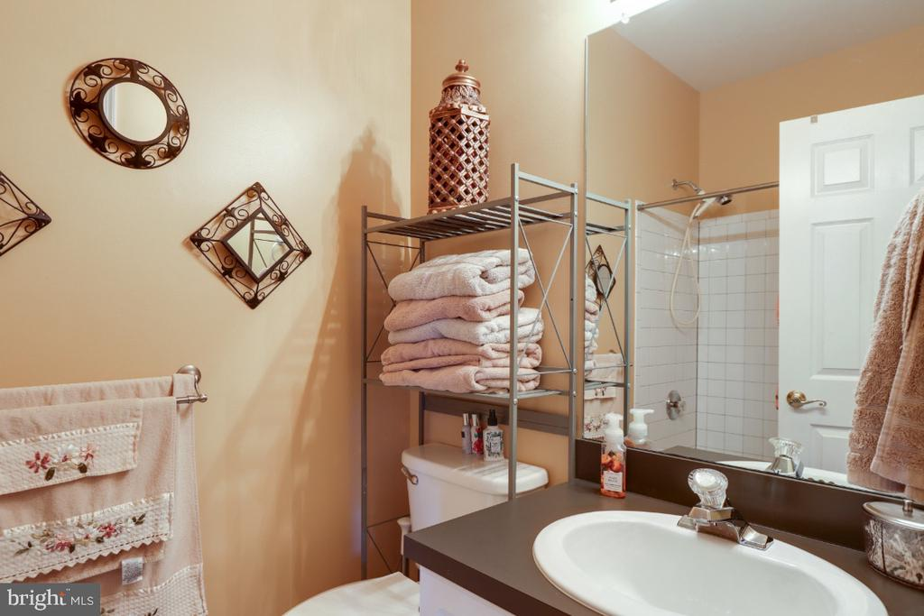The Hall Bath - Full Bath #1 - 384 TURNBERRY DR, CHARLES TOWN