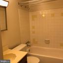 Lower level full bath - 13221 HAWTHORN LN, WOODBRIDGE