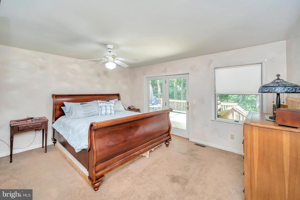master bedroom upstairs - 201 HAPPY CREEK RD, LOCUST GROVE