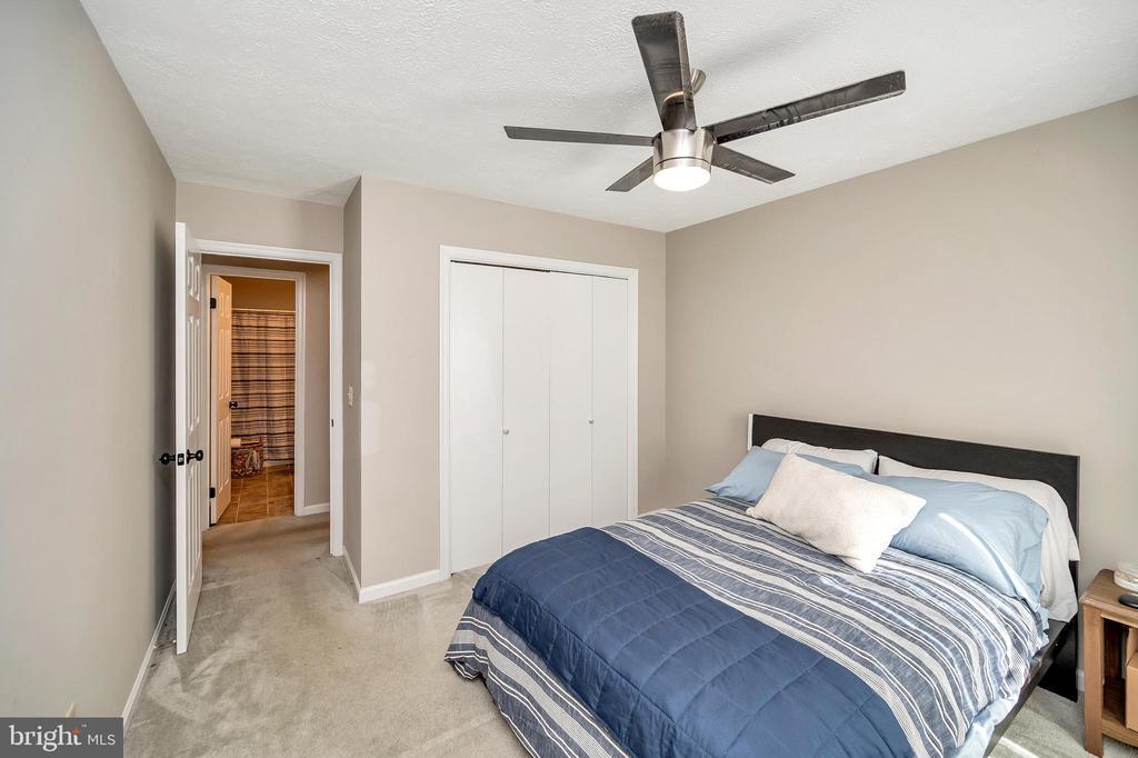 bedroom three - 141 EAGLE CT, LOCUST GROVE