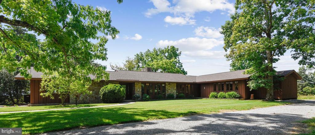 51 acre horse property with six stall barn & ring - 1823 OLD WINCHESTER RD, BOYCE