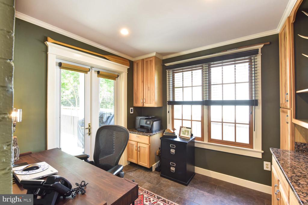 Main level office with French doors to the deck - 3302 ELMORE DR, ALEXANDRIA