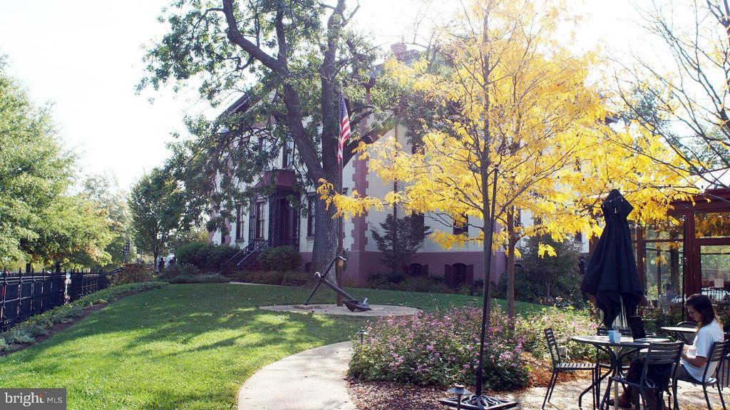 The Hill Center -- for arts, community gatherings - 121 6TH ST NE, WASHINGTON