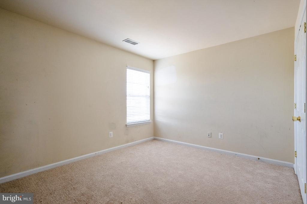 BEDROOM 5TH   WITH NEW CARPET - 402 CRAIG DR, STEPHENS CITY