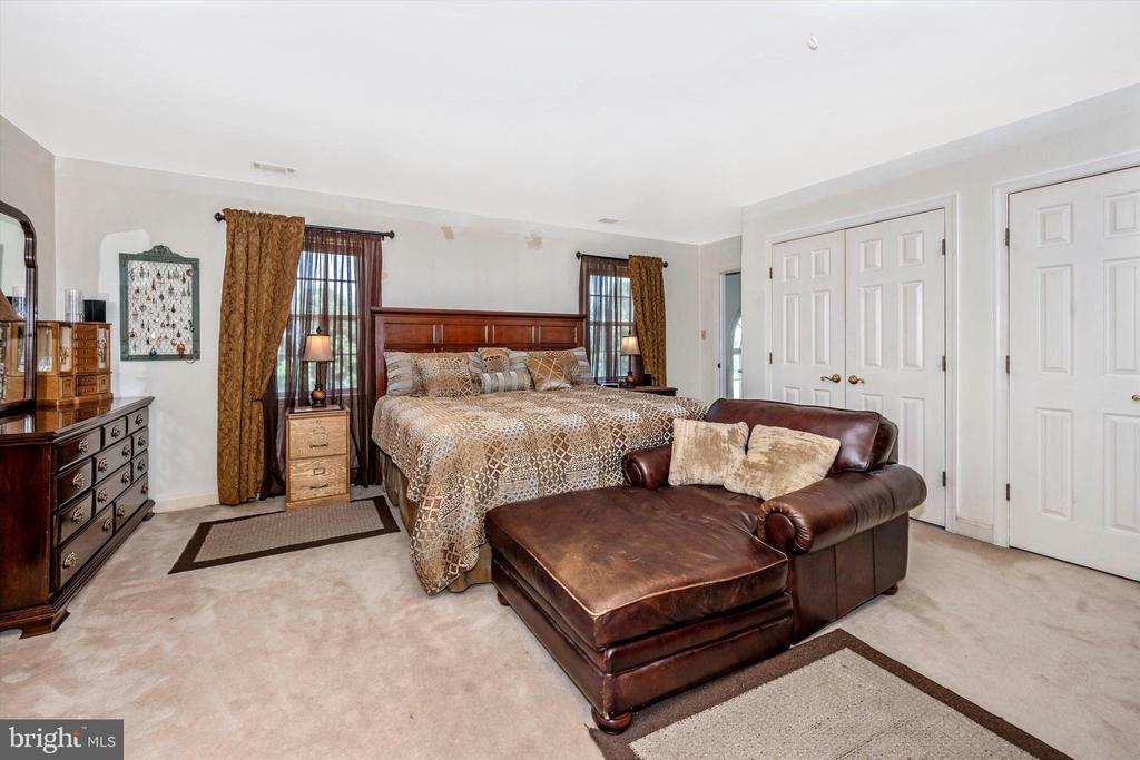 Master Bedroom - 10740B WOODSBORO RD, WOODSBORO