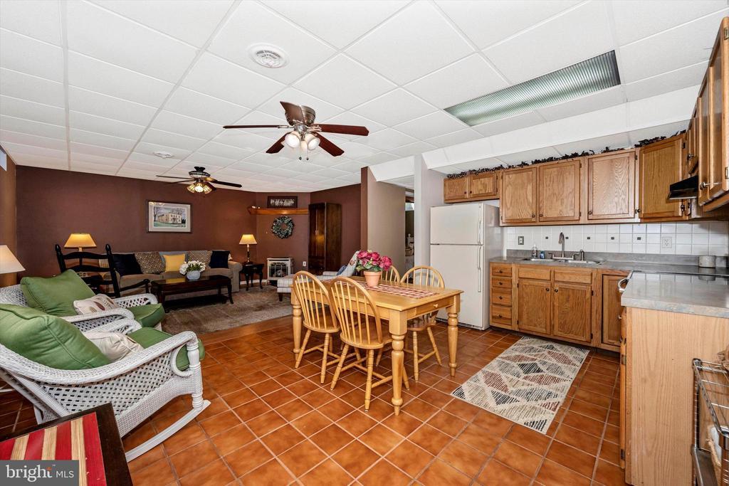 Lower level Kitchen - 10740B WOODSBORO RD, WOODSBORO