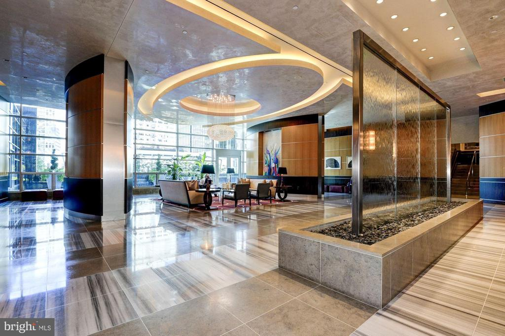 Stunning lobby with concierge & 24 hour security - 1881 N NASH ST #2311, ARLINGTON