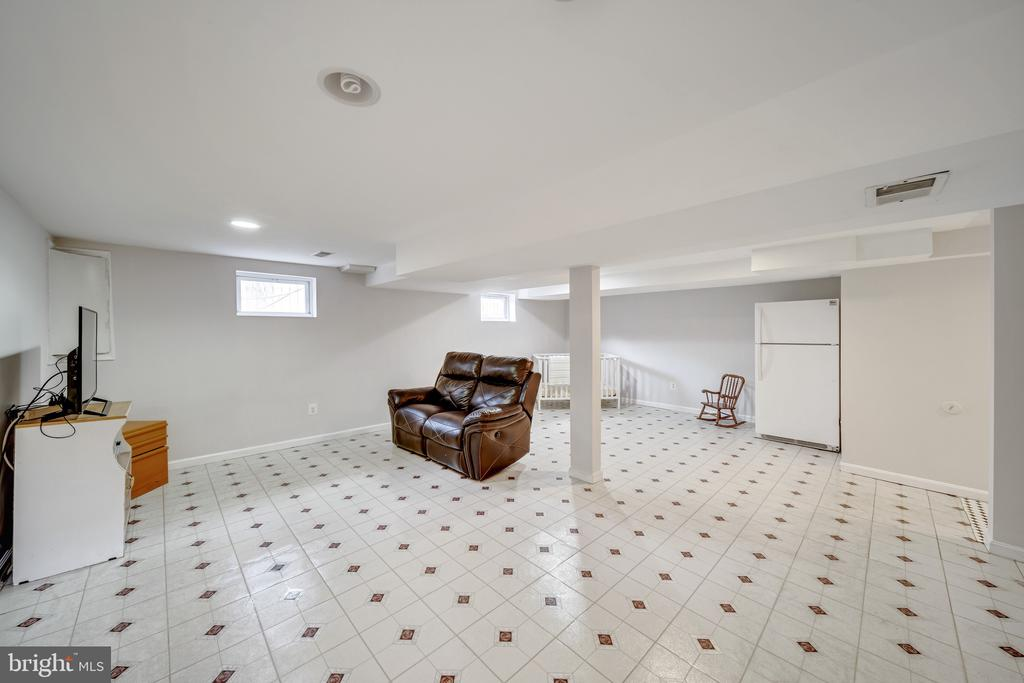 Finished Basement with Recessed Lighting - 2919 MONROE PL, FALLS CHURCH