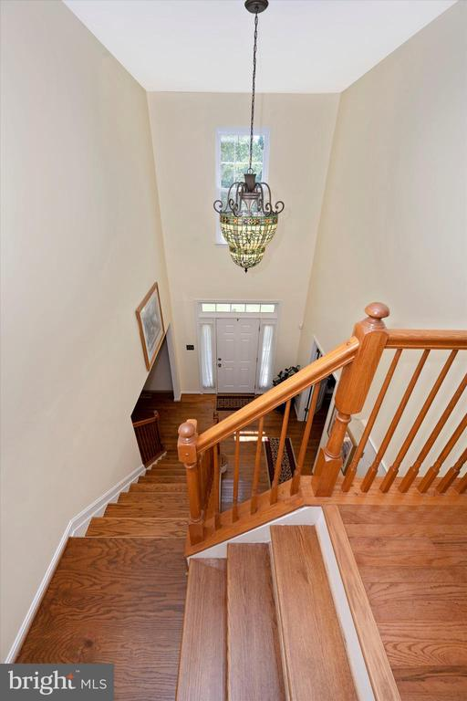 Beautiful Light fixture greets you in the entry - 6904 BARON CT, FREDERICK