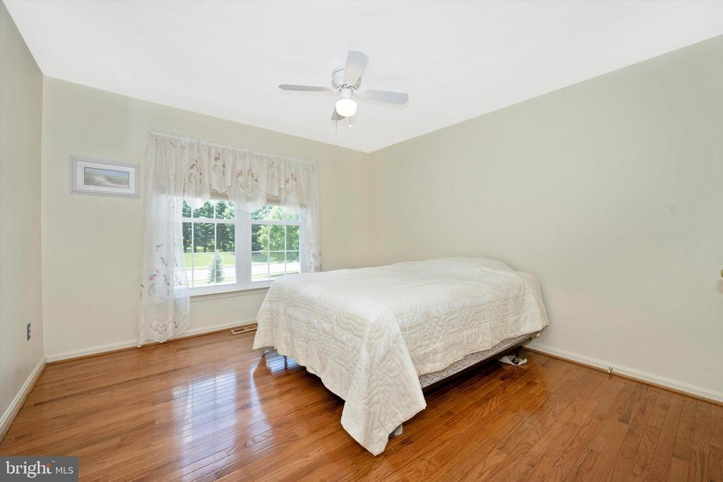 4th Bedroom - 6904 BARON CT, FREDERICK