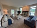 Spacious & bright family room - 14868 CIDER MILL RD, HILLSBORO