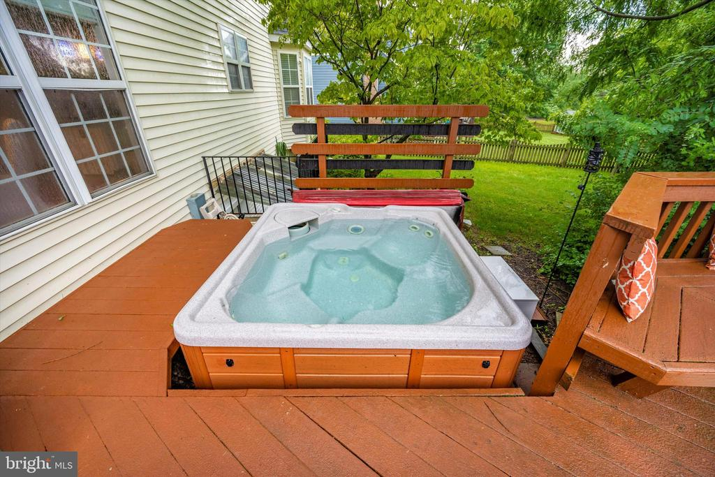 Hot tub stays with the home! - 6304 SPRING FOREST RD, FREDERICK