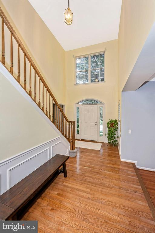 Gorgeous hardwood! - 6304 SPRING FOREST RD, FREDERICK