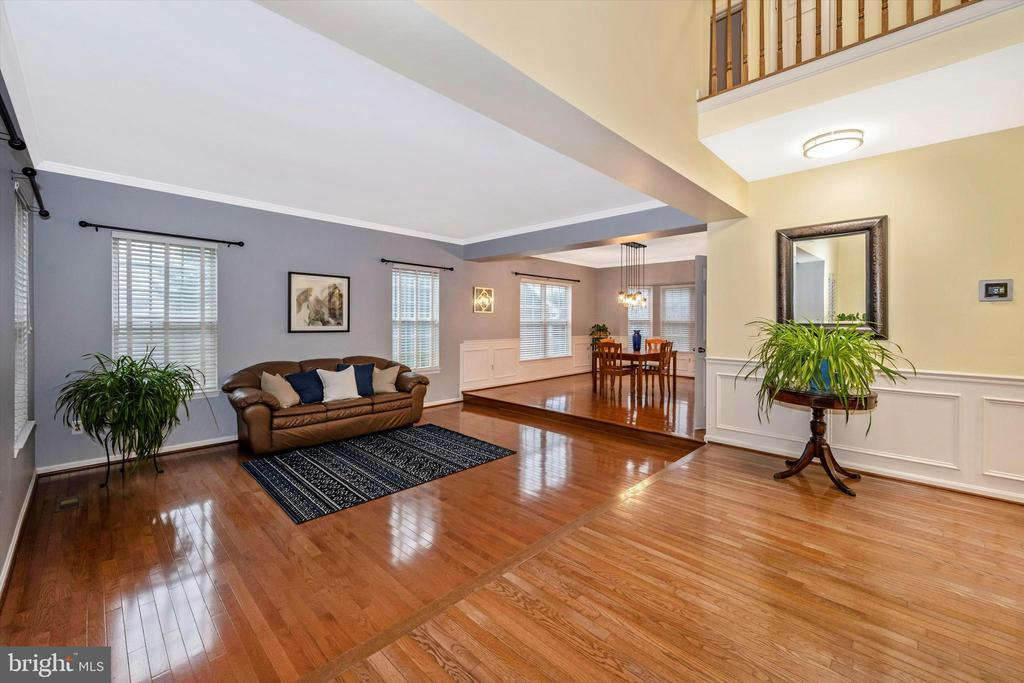 Formal foyer and living room as you enter - 6304 SPRING FOREST RD, FREDERICK
