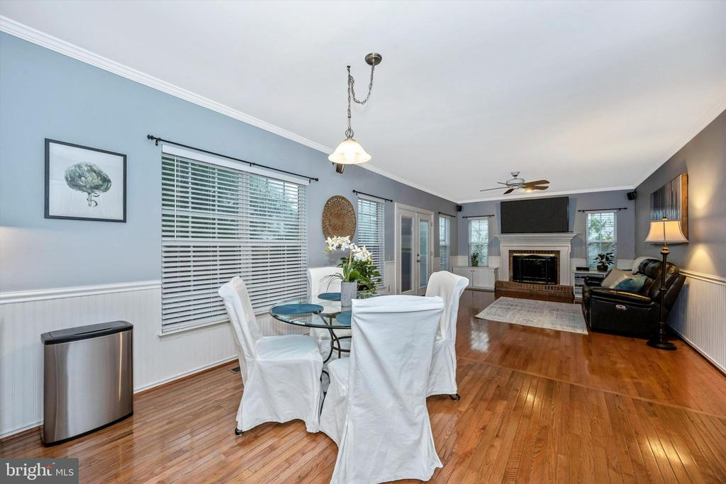 Plenty of space for kitchen table - 6304 SPRING FOREST RD, FREDERICK