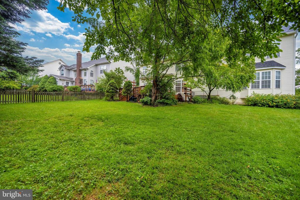 Back yard with plenty of space - 6304 SPRING FOREST RD, FREDERICK