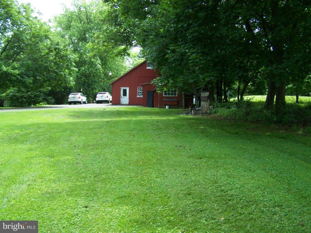 908 910 912 Hilltown Pike , LINE LEXINGTON, Pennsylvania image 44