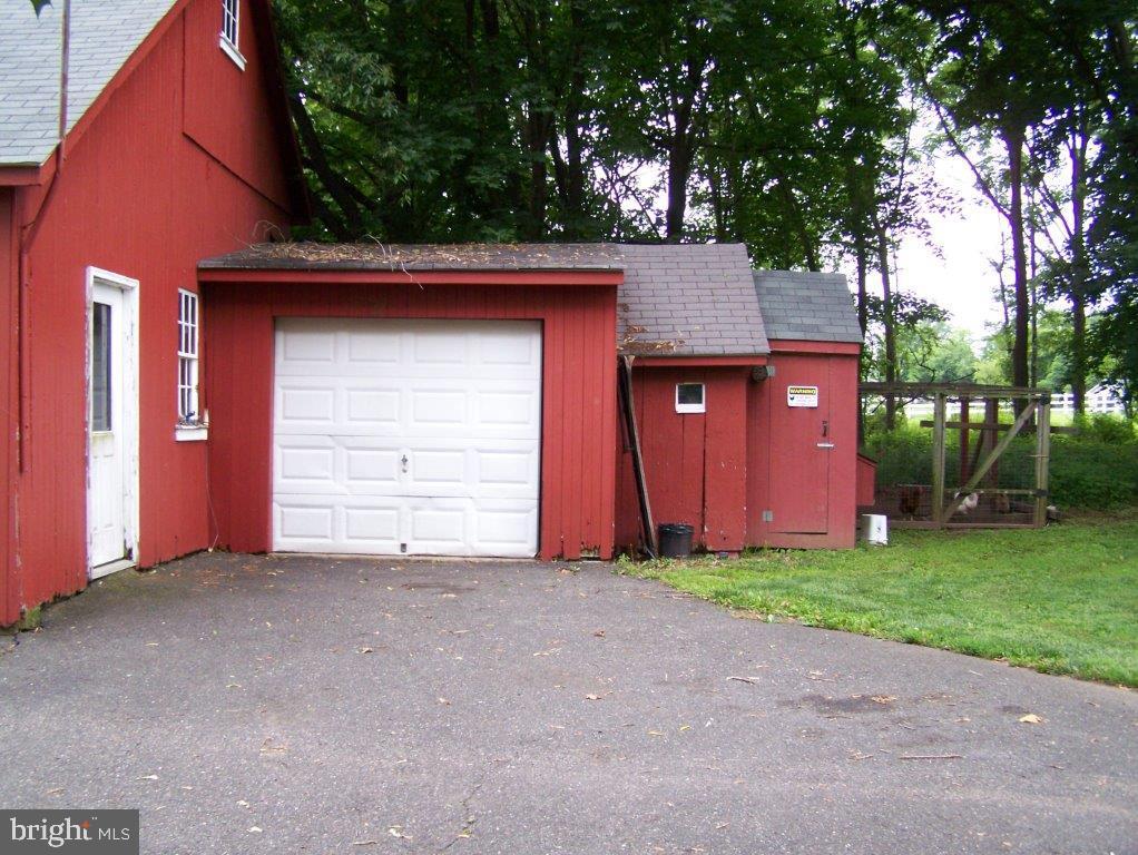 908 910 912 Hilltown Pike , LINE LEXINGTON, Pennsylvania image 46