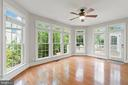 Sunroom off the kitchen--entertainers dream! - 43409 RIVERPOINT DR, LEESBURG
