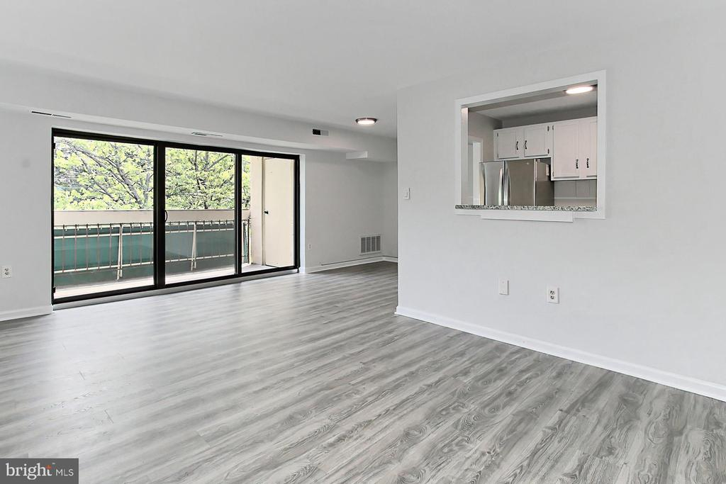 Flexible Open Floor Plan with so much light! - 6137 LEESBURG PIKE #602, FALLS CHURCH
