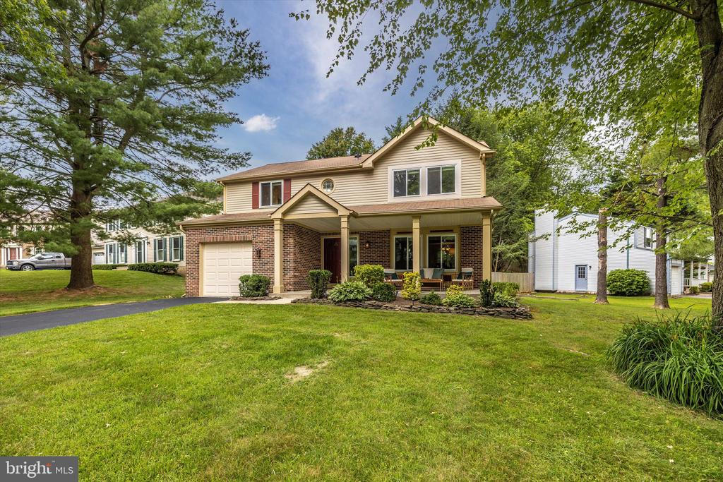 Great Curb Appeal!! - 18312 AMBER MEADOWS CT, GAITHERSBURG