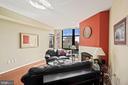 Living room - 1021 N GARFIELD ST #731, ARLINGTON