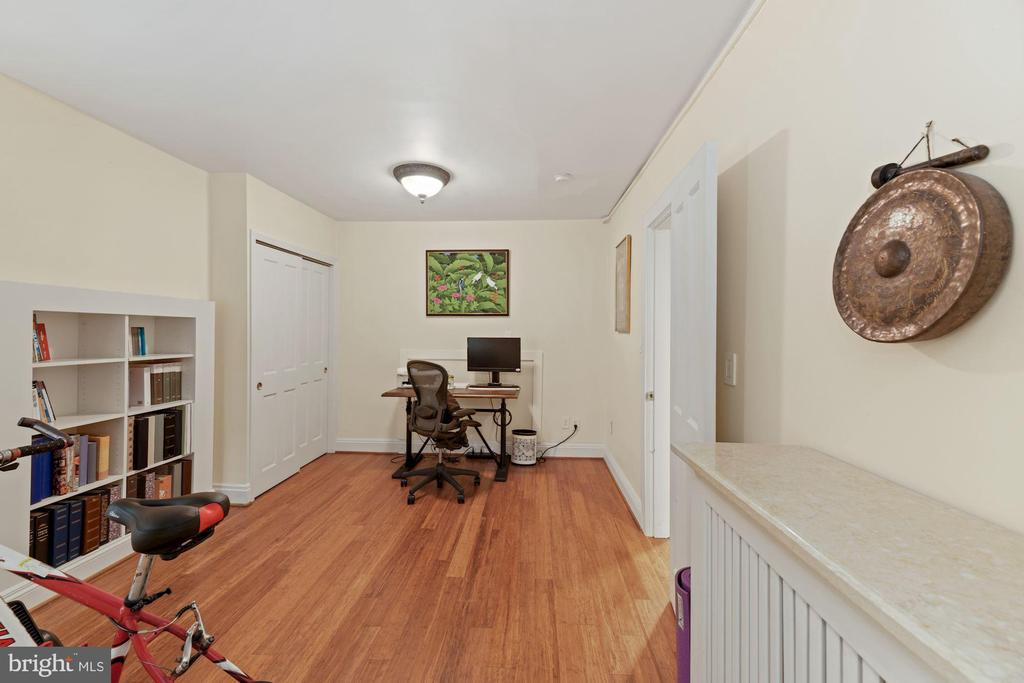Lower Level Bedroom - 709 E CAPITOL ST SE, WASHINGTON