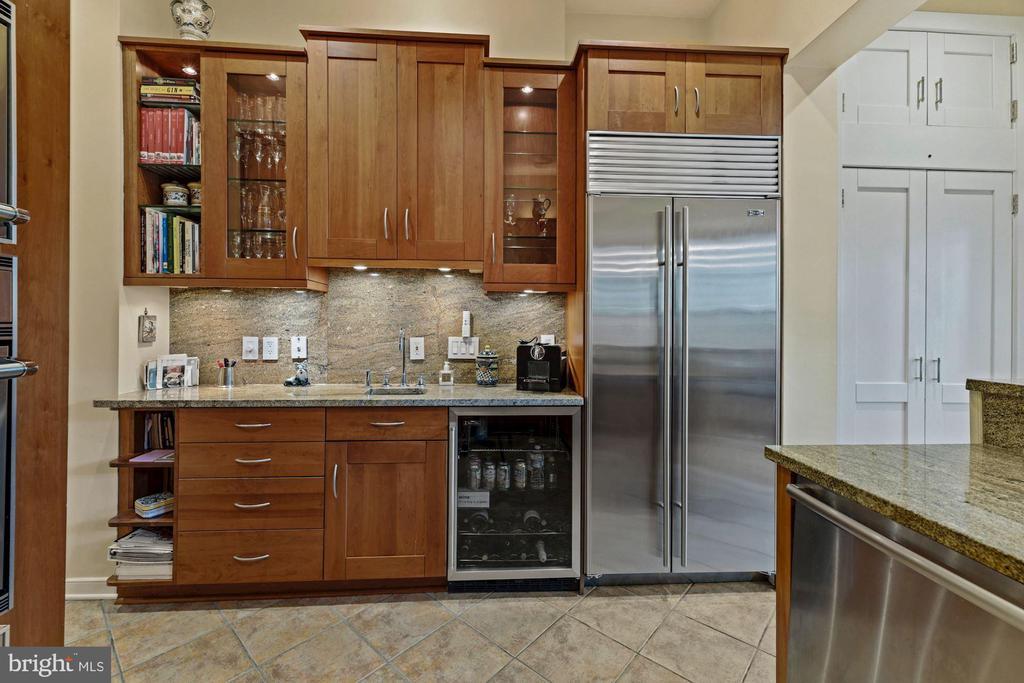 Kitchen with Sub Zero and Wine bar - 709 E CAPITOL ST SE, WASHINGTON