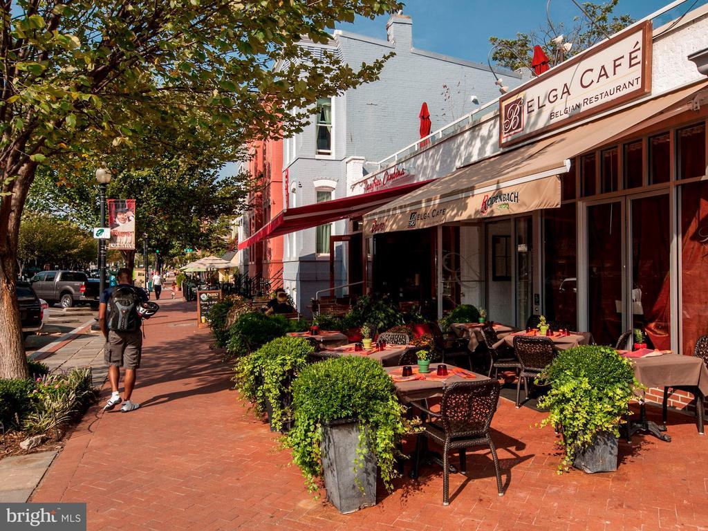 Barracks Row Restaurants - 709 E CAPITOL ST SE, WASHINGTON