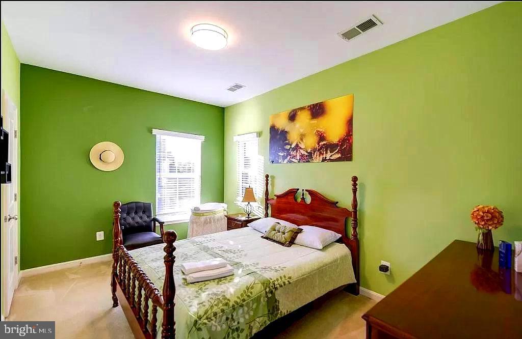 Upper bedroom 3 - 23384 MORNING WALK DR, BRAMBLETON